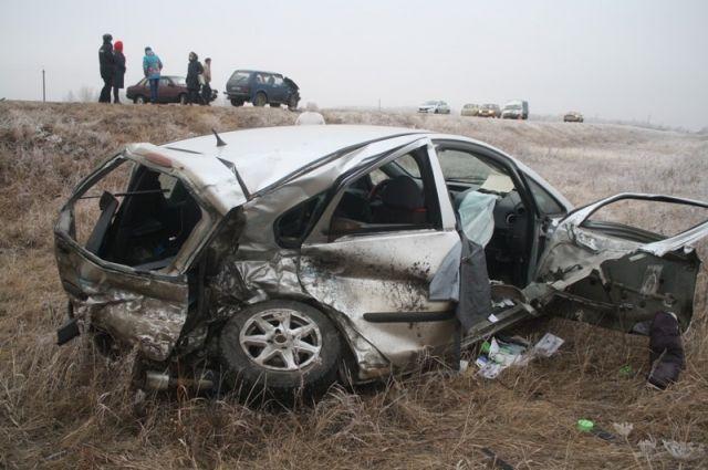 Автоледи вылетела навстречку под Троицком: 2 погибли, 1 пострадал