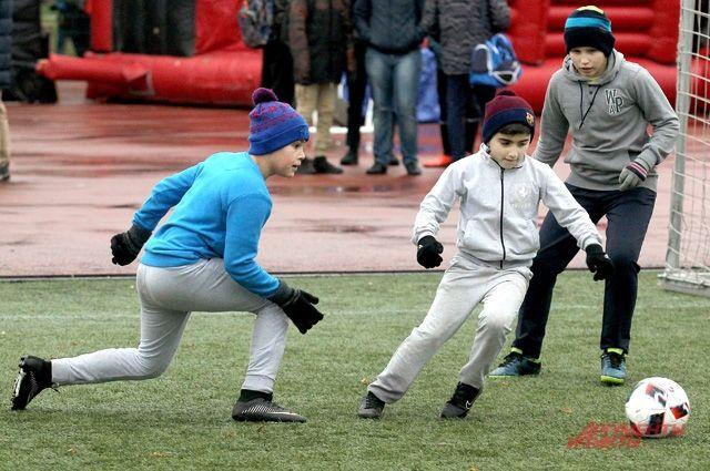 «Давай, «Гаврилов», давай!» - поддерживают болельщики.
