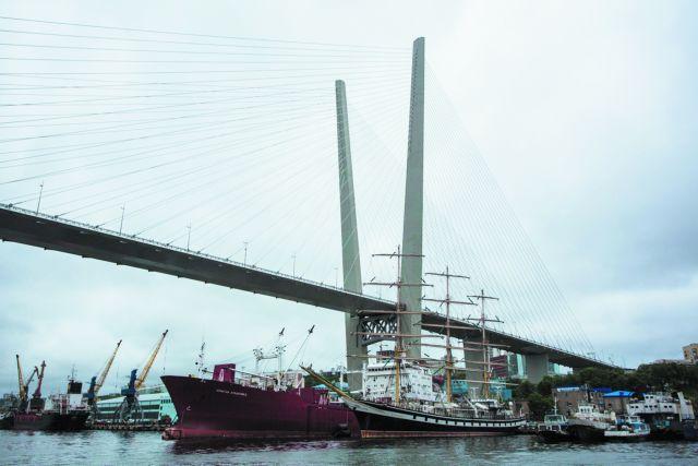 Свободный порт Владивосток даёт деловому образованию большие шансы.