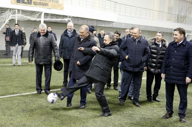 Настадион «Санкт-Петербург» выделено еще 300 млн руб.