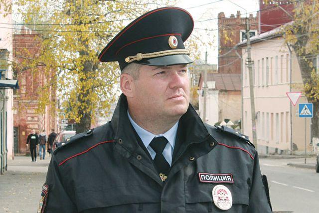 Воронеж работа в полиции для девушек практическая работа девушка модель с окном