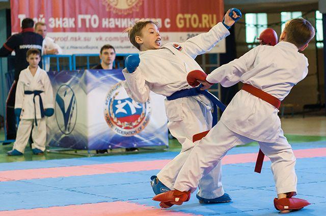 Салехардские каратисты привезли две золотые медали