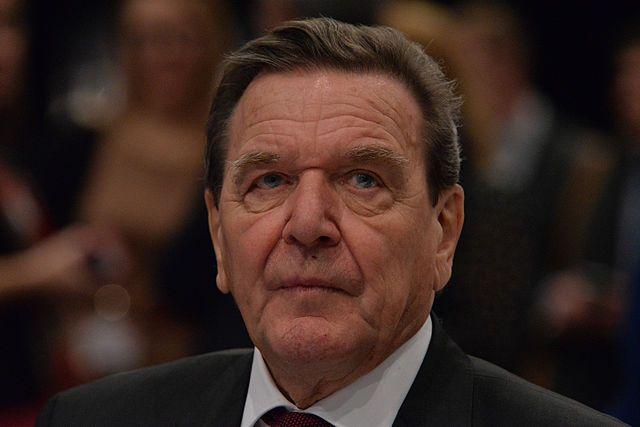 Экс-канцлер Германии Шредер раскритиковал санкции противРФ