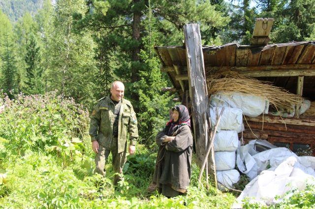 Власти Кузбасса продолжат помогать отшельнице Агафье Лыковой.