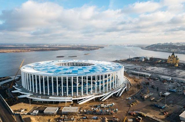 Завершен монтаж крыши строящегося к ЧМ-2018 стадиона в Нижнем Новгороде.