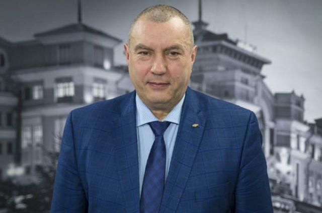 Фролов с 22 ноября переходит на работу в облправительство.