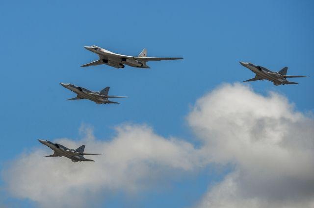 Парк бомбардировщиков Ту-160 в России могут модернизировать