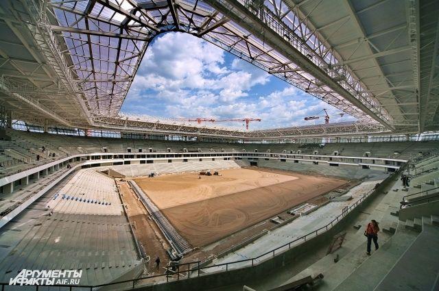 Минстрой рекомендовал увеличить число рабочих на стадионе в Калининграде.