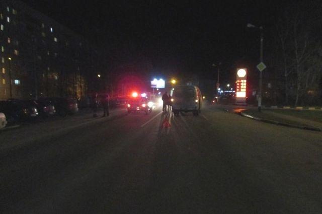 Авария произошла возле перекрестка.