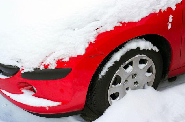 Что делать, если в машине примерзли тормозные колодки?
