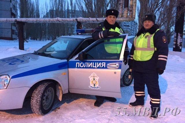 Омских водителей проверят на трезвость.