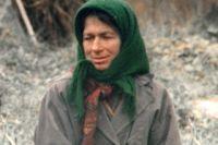 С 1988 года Агафья Лыкова проживает одна на таежной заимке в глухой тайге.