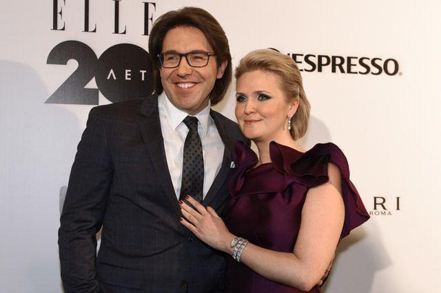 Телеведущий Андрей Малахов с супругой Натальей Шкулевой.