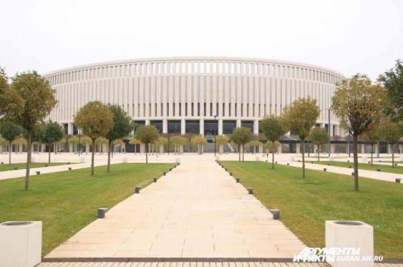с 17 по 19 ноября Кубок чемпионата мира по футболу будет находиться в специальном шатре возле стадиона ФК «Краснодар».