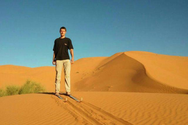 Максим Богатырёв покоряет пустыню Сахара на лыжах.