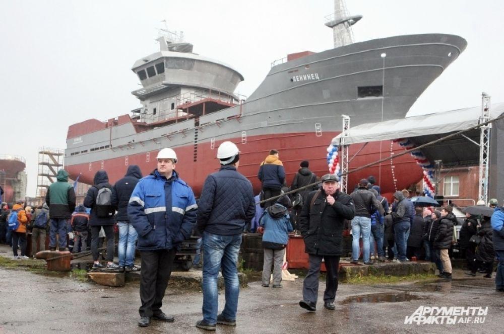 На «Ленинце» будут работать рыбаки с Камчатки.