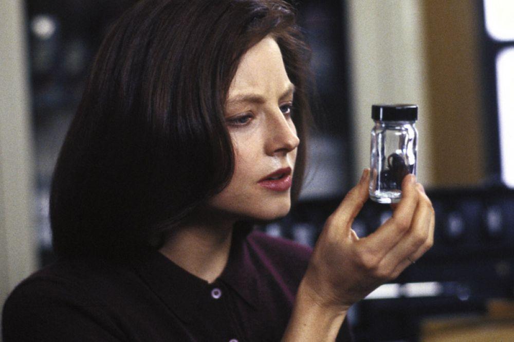 В 1992 году она получила второй «Оскар» за главную роль в фильме «Молчание ягнят». Это сделало её первой актрисой, получившей два «Оскара» до 30 лет.