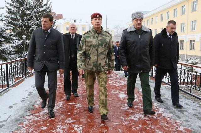 Руководитель Росгвардии приехал вЕкатеринбург проверять систему безопасности кЧМ пофутболу