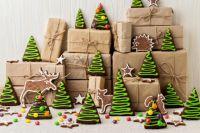 Тюменцы могут порадовать детей-инвалидов новогодними подарками
