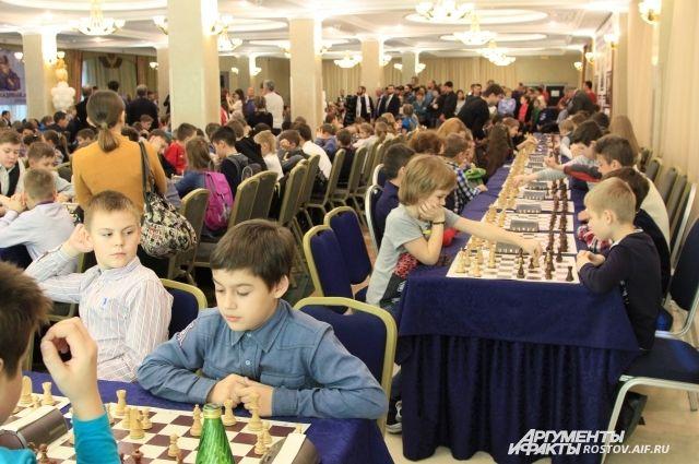 Турнир по шахматам Кадырова в Ростове.