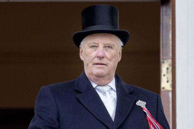 Король Норвегии попал в больницу с инфекцией