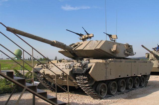 Израильский танк открыл предупредительный огонь в направлении ВС Сирии