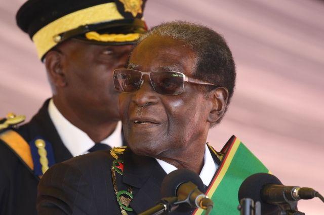 В Зимбабве правящая партия выдвинула президенту ульитматум