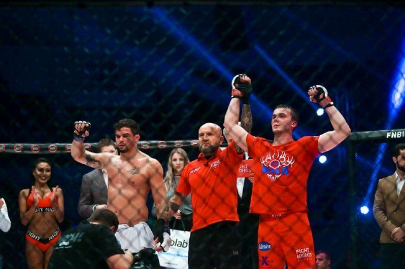 Россиянин Владимир Селиверстов одержал победу над иностранцем.