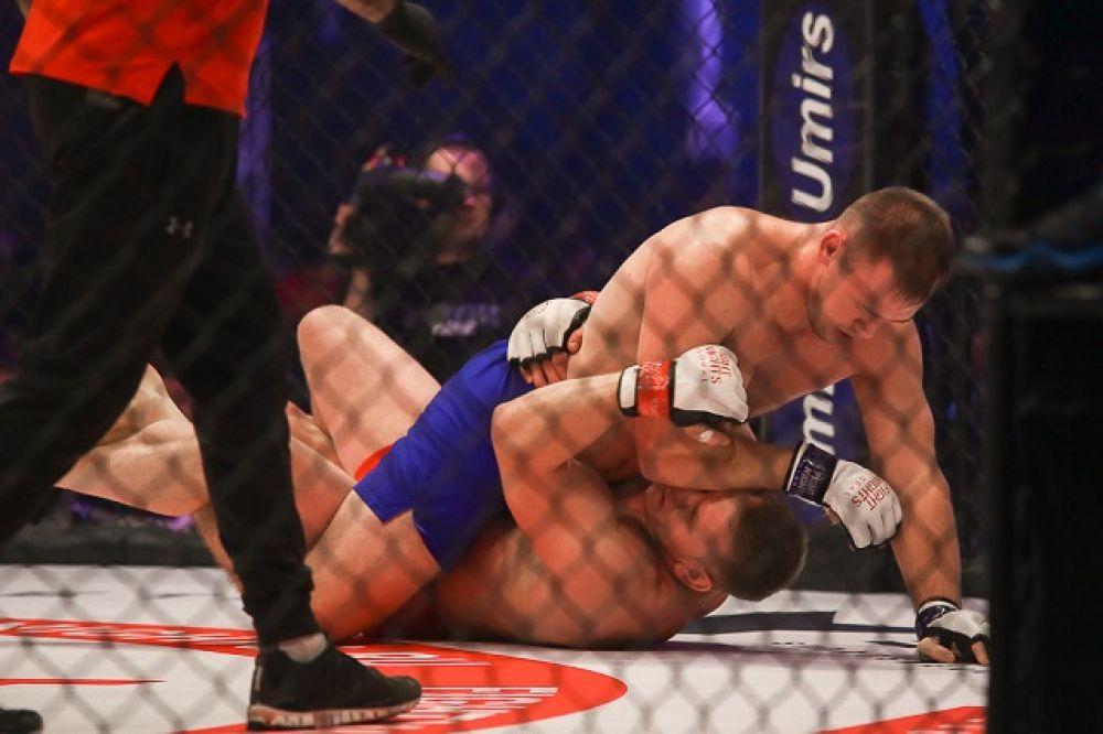 Чех Пешта победил белоруса Кудина.