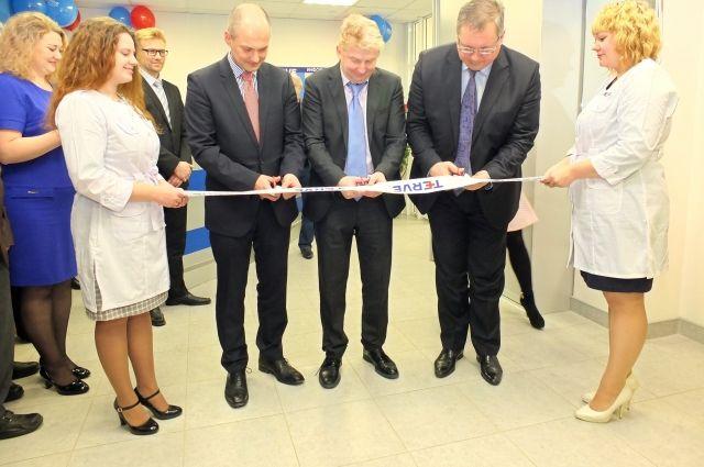 Центр открылся в новом жилом комплексе «Перья» в Советском районе города.