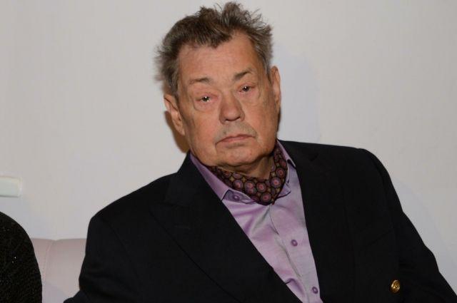 Николай Караченцов начал лечение онкологического заболевания