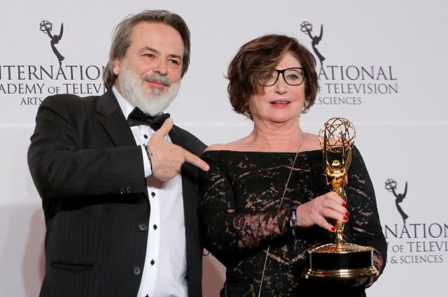 Премию «Эмми» получили Кеннет Брана иАнна Фрил