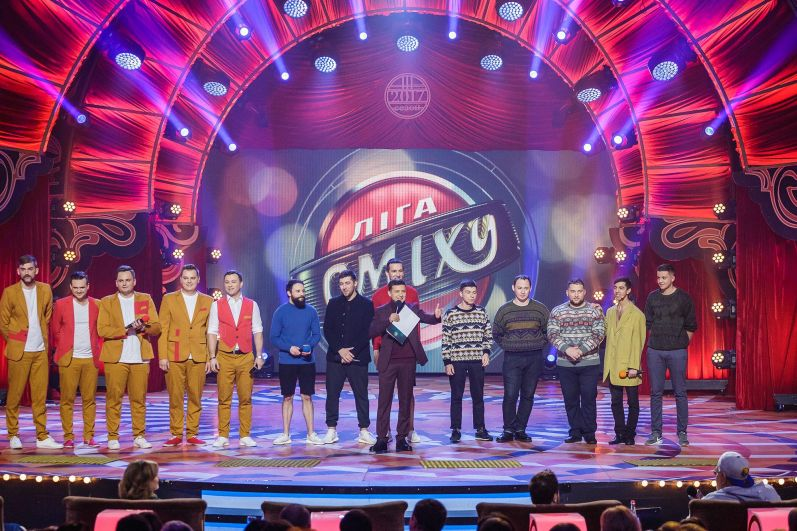 Кто же в итоге стал победителем Третьего сезона «Лиги смеха» и получил главный кубок проекта, станет известно в эту пятницу в 20:15 в эфире канала «1+1».