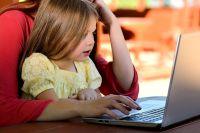 Иногда мама успевает и детей воспитывать, и бизнес развивать.