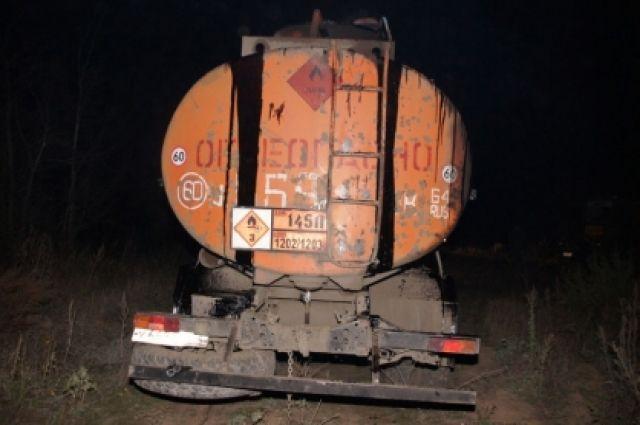 ВОренбуржье набуровой похищено восемь тонн нефти