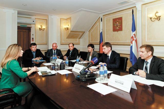 Светлана Мальцева попросила губернатора ускорить открытие нового ФАПа.