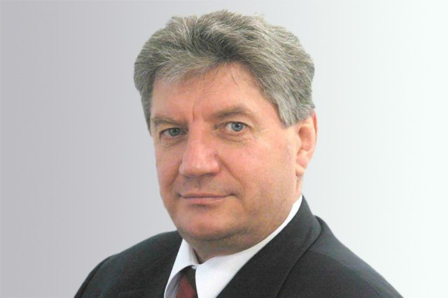 Виктор Алкснис.