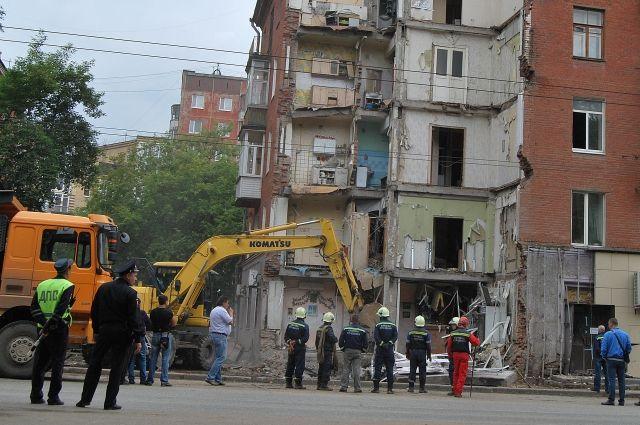Борьба за исключение помещений из реестра муниципалитетов идёт по всей стране. В Костроме за последнее время  в собственность жильцов удалось вернуть 79 помещений, в Кирове - 70.