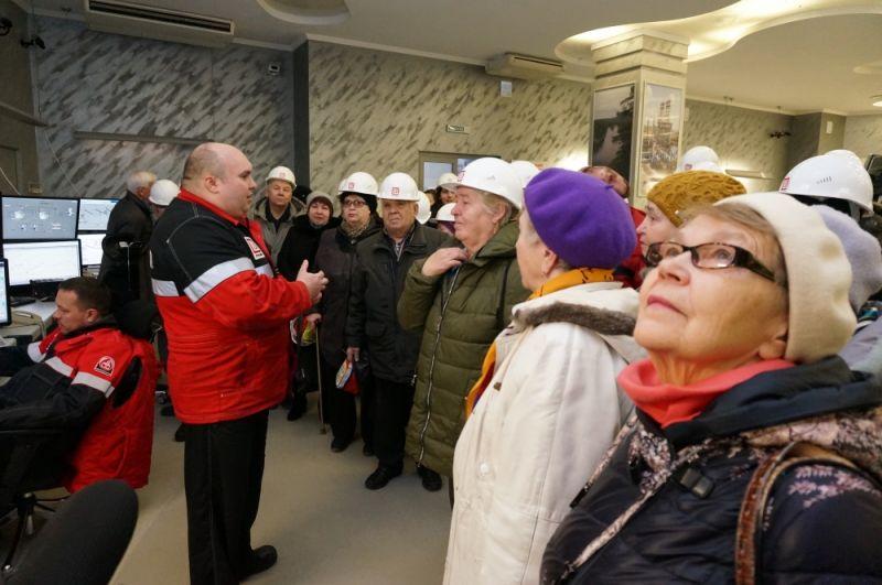 Ветеранов впечатлило оборудование центра.