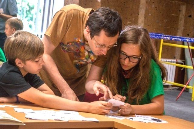 В Ростовской области всё больше случаев, когда роль школы берет на себя семья.