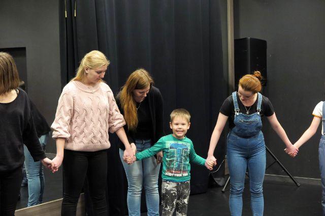 Театр для жизни: как актерское мастерство учит общаться