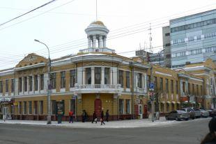 Здание построено в 1913 году по проекту известного архитектора Владимира Соколовского.