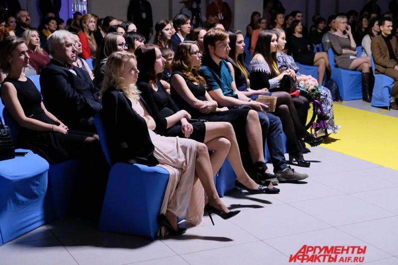 Конкурсные работы участники представили в нескольких номинациях: «Социальный видеоролик», «Социальная реклама», «Документальный короткометражный фильм», «Игровой короткометражный фильм», в специальной номинации «Особый фокус» и другие.