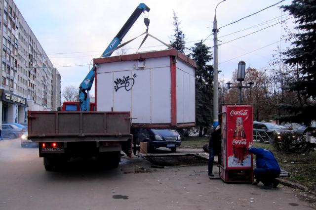 ВБрянске задень снесли 2 незаконных киоска