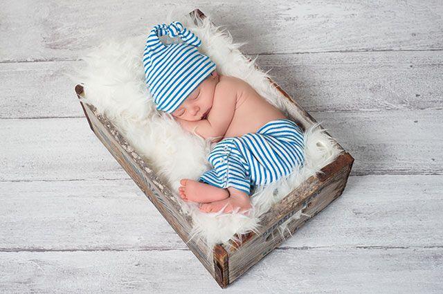 Новорожде́нный или новоро́жденный — как правильно?