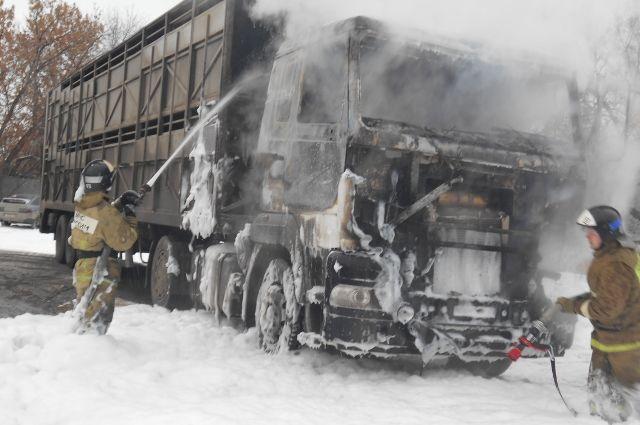 ВТюменской области сгорел автомобиль МАЗ