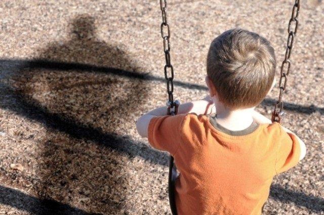 ВПетербурге взрослый мужчина год насиловал подростка