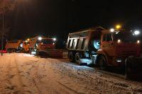 С начала сезона с кемеровских улиц вывезли 60 000 кубометров снега.