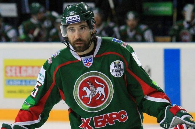 Хоккеист Зарипов возвратится налед наполтора года раньше доэтого