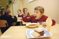 Школьные обеды резко подорожали.